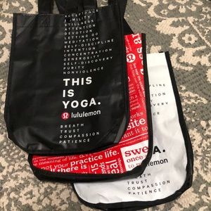 Lululemon small shopping bags